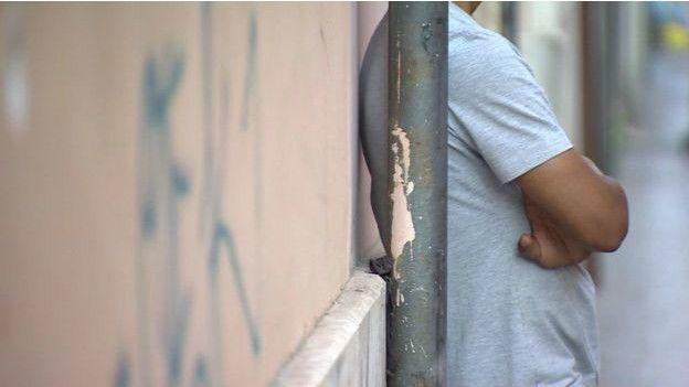 menores migrantes en las calles europeas, acaban en las drogas y la prostitución