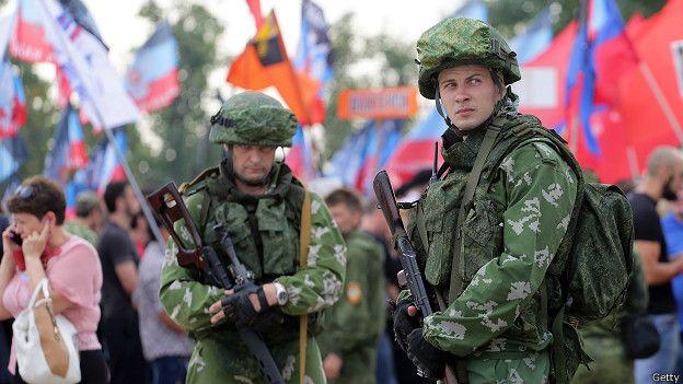 Про-российские ополченцы в Донбассе