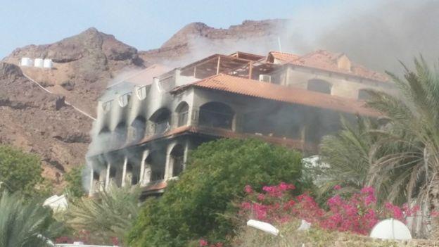 متابعة مستجدات الساحة اليمنية - صفحة 2 151006074046_yemen_emrate_residence_640x360_bbc_nocredit