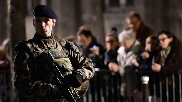 Francia declaró estado de emergencia y cerró sus fronteras. La sensación de inseguridad ha aumentado en Europa tras los ataques.