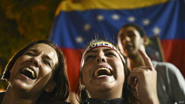 Venezolanos celebran