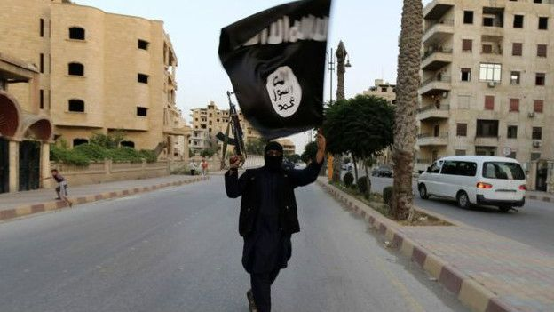 http://ichef.bbci.co.uk/news/ws/624/amz/worldservice/live/assets/images/2015/12/20/151220113533_islamic_state_flag_624x351_reuters_nocredit.jpg