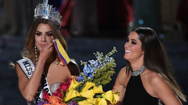 Ariadna Gutierrez y Paulina Vega