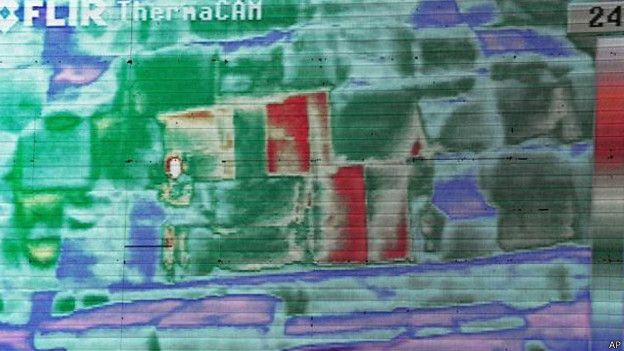 Термографический снимок пирамиды