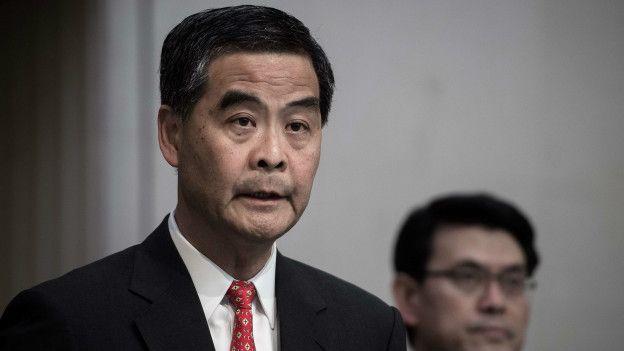 香港特首梁振英已經界定為旺角衝動為「暴亂」,政務司司長林鄭月娥亦作出類似言論。