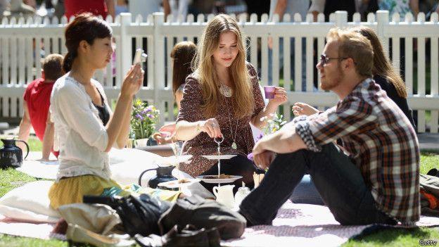 Londinenses en un picnic