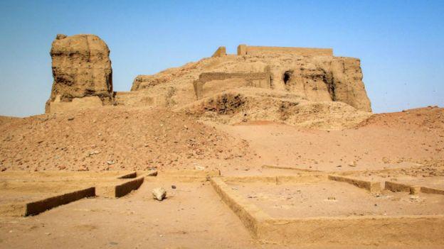 Pirámides de Mereo