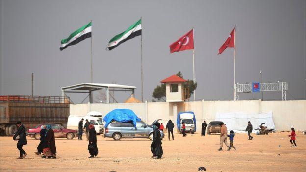 Frontera entre Kilis (Turquía) y Bab al-Salam (Siria).
