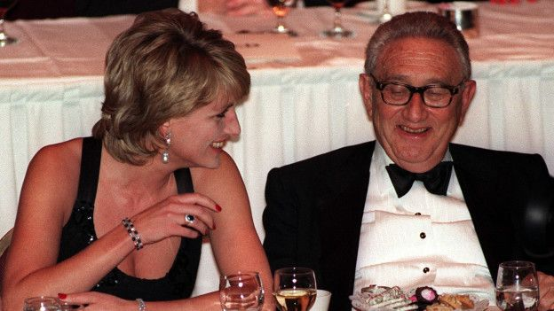 Lady Di y Kissinger