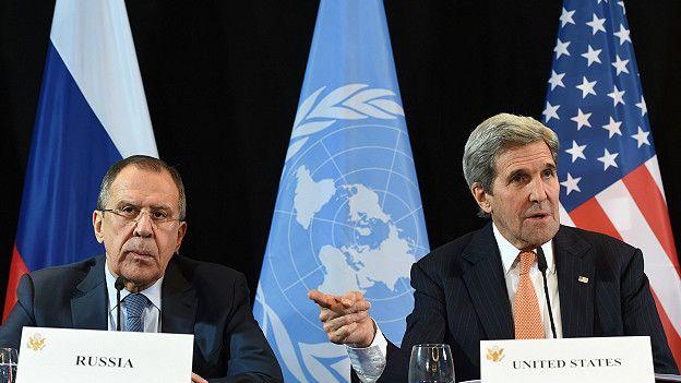 Serguéi Lavrov y John Kerry