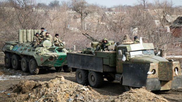 На таких машинах с установленными зенитками сепаратисты штурмовали Дебальцево