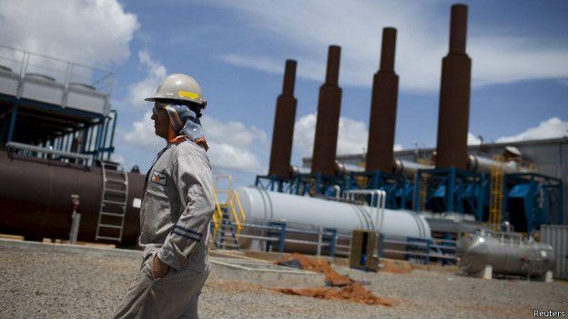 http://ichef.bbci.co.uk/news/ws/624/amz/worldservice/live/assets/images/2016/03/02/160302201208_venezuela_petroleo_624x351_reuters.jpg
