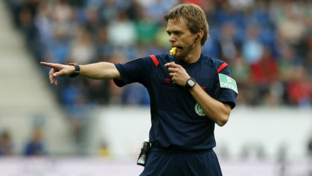 Un árbitro
