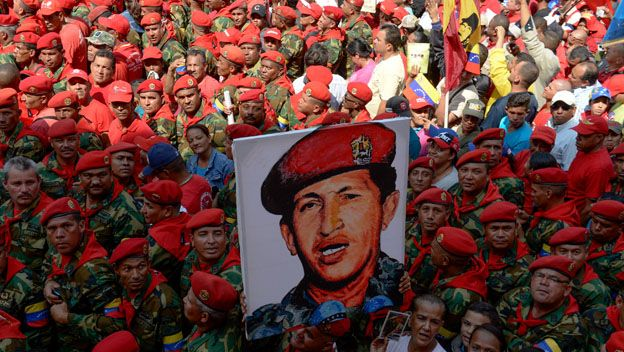 Militares y Chávez