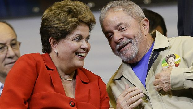 La presidenta de Brasil Dilma Rousseff y su antecesor Lula da Silva