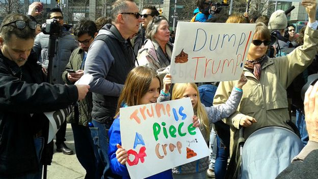 donald_trump_protest_support