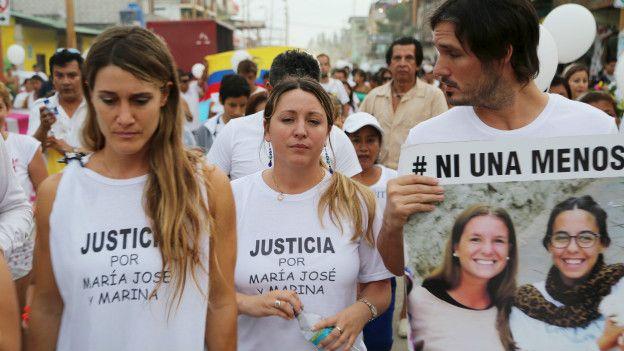 El entierro de Marina Menegazzo y María José Coni