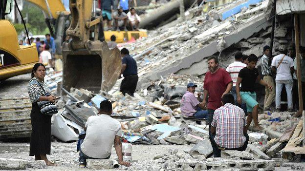 Testimonios terremoto en Ecuador 160418082206_pedernales_624x351_getty