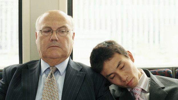 De acuerdo con el estudio, los japoneses duermen una hora menos de promedio que los holandeses.