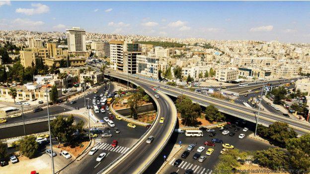 Habitantes de Amã, na Jordânia, são vistos como simpáticos, mas não suportam falar do trânsito. Foto: Wikipedia.