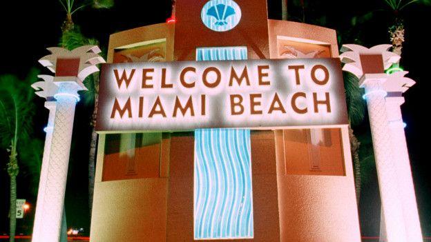 Cartel de bienvenida a Miami Beach