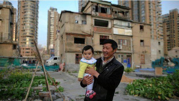 Padre e hijo en Shanghái