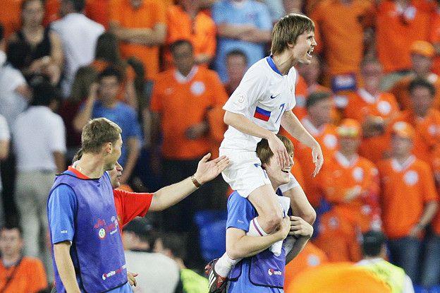 Дмитрий Торбинский автор победного гола в матче с Голландиев