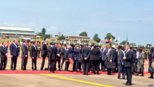 160704113557_israeli_pm_lands_in_uganda-_dignitaries_624x351_umc.jpg