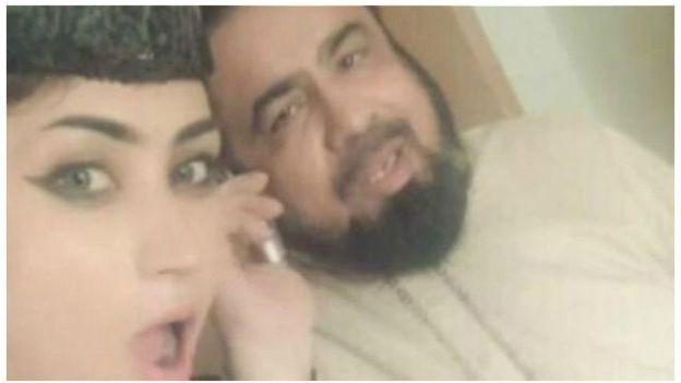 http://ichef.bbci.co.uk/news/ws/624/amz/worldservice/live/assets/images/2016/07/16/160716114955_pakistan_qandeel_ghandeel_balouch_balooch_mufti_qavi_ghavi_640x360_._nocredit.jpg