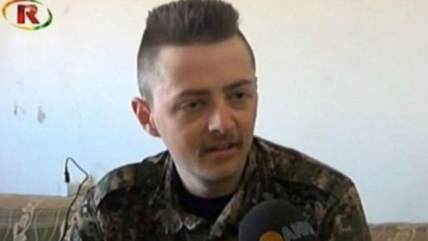 مقتل خنزير  بريطاني وهو يقاتل في صفوف قوات كردية ضد الدولة الإسلامية في سوريا coobra.net