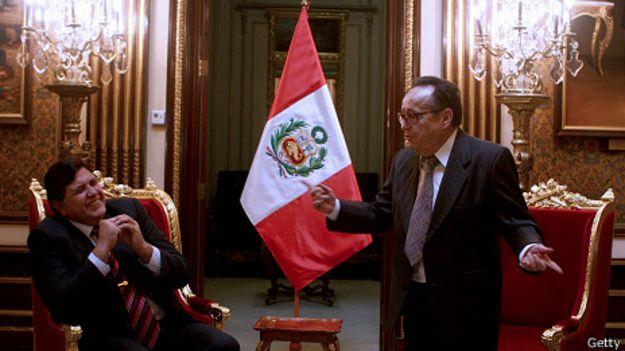 Chespirito con el presidente de Perú, Alan García