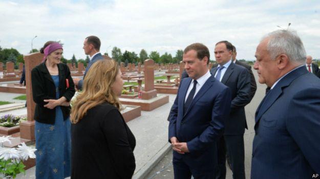 Премьер-министр России Дмитрий Медведев в Беслане, 1 июля 2014 года