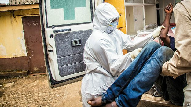 Mortos por ebola (AP)