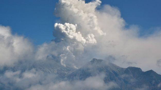 بركان اليابان: العثور على ثلاثين يعتقد بموتهم في جبل أونتاكي
