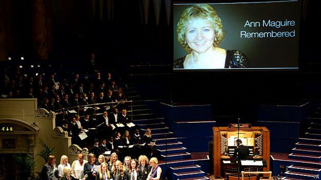 Servicio en memoria de Ann Maguire