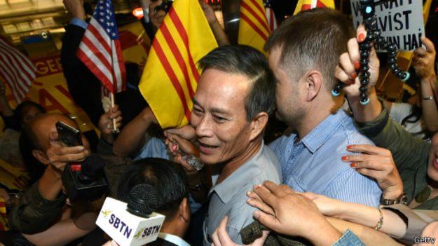 Blogger Điếu Cày Nguyễn Văn Hải tới Hoa Kỳ