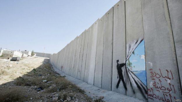 Стена, разделяющая Израиль и Сектор Газа