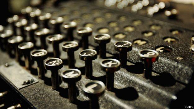 Réplica de la máquina Enigma.