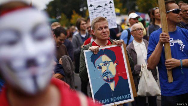 Портрет Сноудена