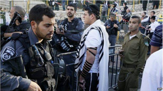 Иерусалим: военные на месте нападения на синагогу