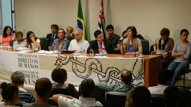Audiencia pública en la Asamblea Legislativa de Sao Paulo sobre abusos en la Universidad de Sao Paulo.