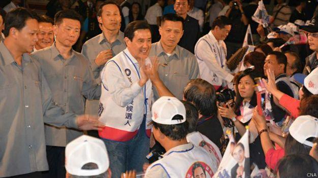 马英九在彰化出席国民党候选人集会(台湾中央社图片27/11/2014)