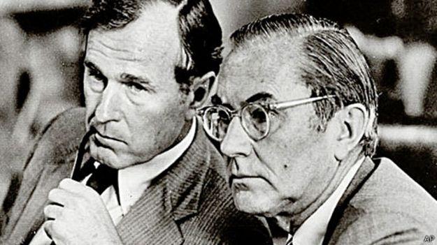 Ông Colby và George Bush (cha)
