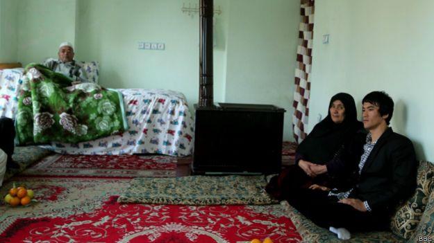 عباس علیزاده بروس لی بیوگرافی عباس علیزاده بروس لی اخبار افغانستان