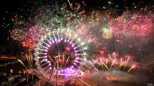 Fuegos artificiales en Londres, en el año nuevo de 2014