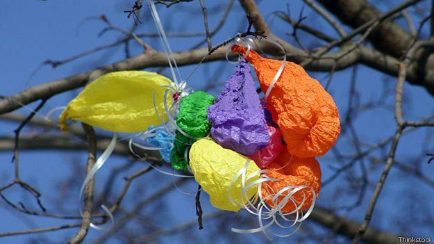 Сдувшиеся воздушные шарики
