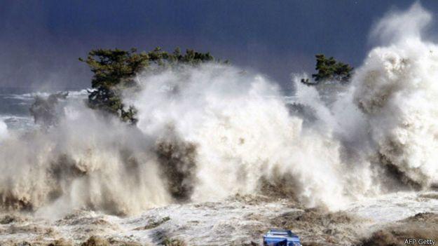 Tsunami es una palabra de origen japonés, que une los términos