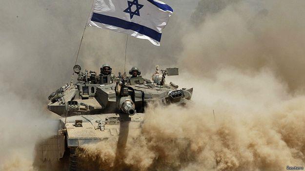 Израильский танк покидает Сектор Газа в августе