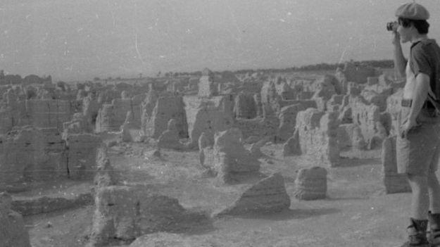 王力雄-1981年新疆交河故城.