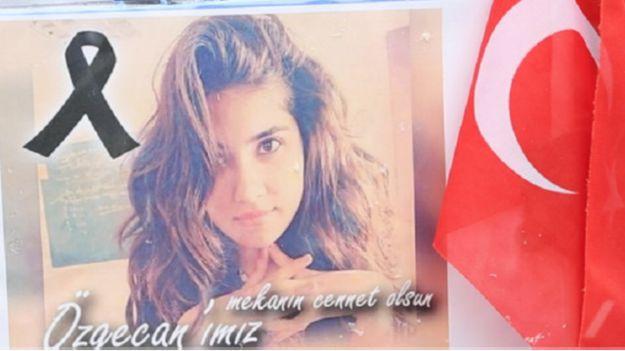 تزايد المطالب بحماية المرأة في تركيا بعد مقتل